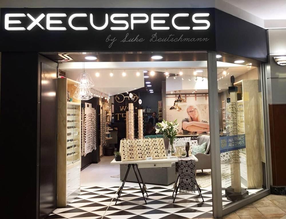 Execuspecs La Lucia